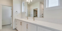 2374-Master Bathroom