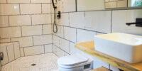 2044-Master Bathroom